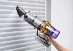 aspirateur table Dyson V11